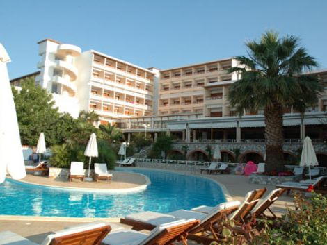 Skiathos hotels for Hotel a skiathos